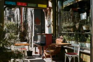 Recogida muebles gratis Badalona
